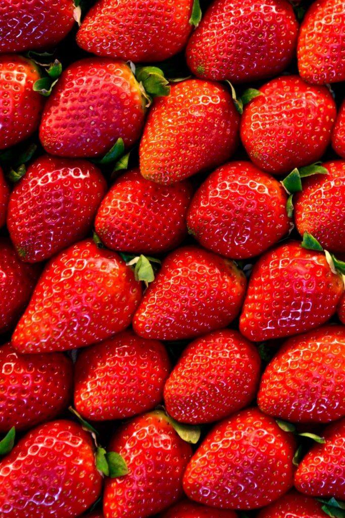 dorodne-truskawki